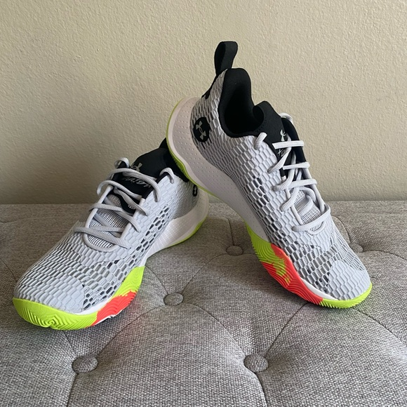 Under Armour Spawn3 Grey Athletic basketball shoes